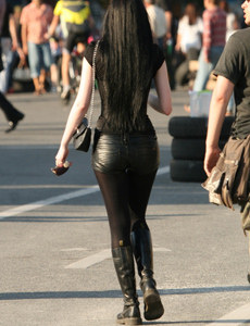 Exciting candid street girls with sexy legs in jeans, spandex and pantyhose